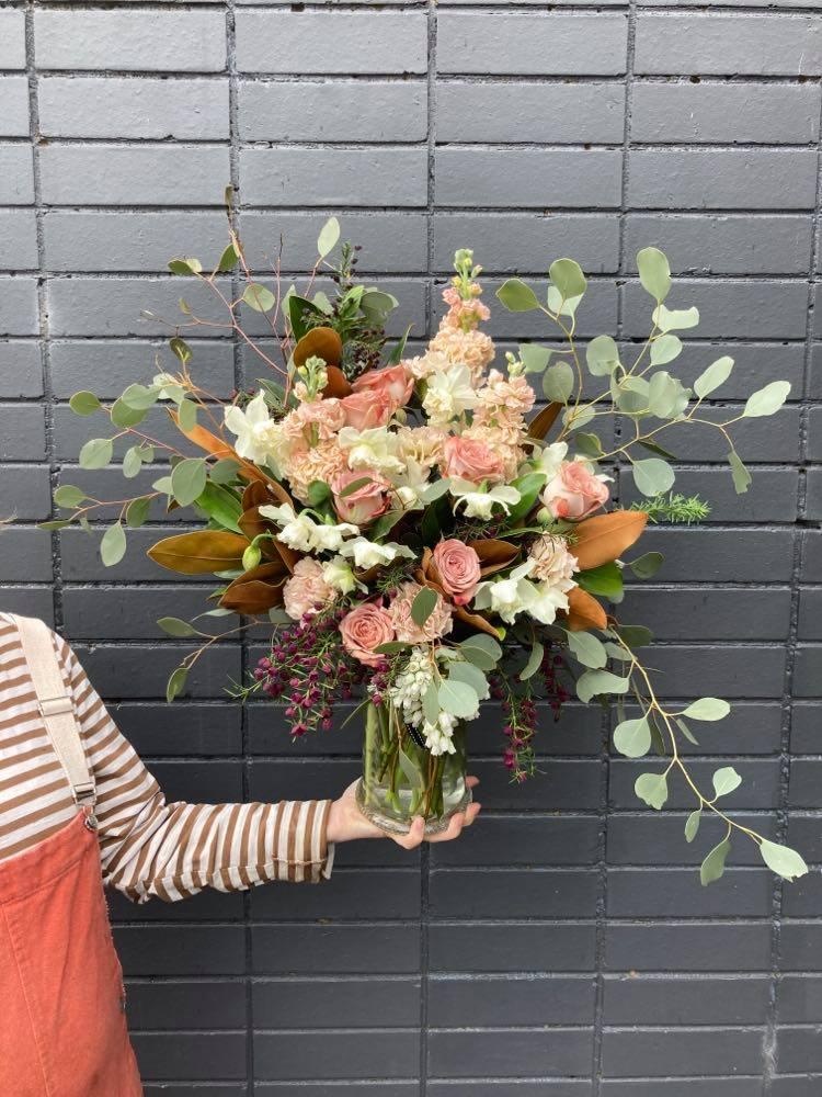 Premium Rose Bouquet in Vase - $165
